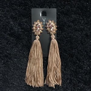 Windsor tassel earnings.